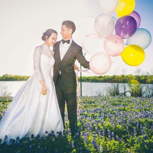Ennis Bluebonnet Trails Engagement Photos - PlayShoot Studio