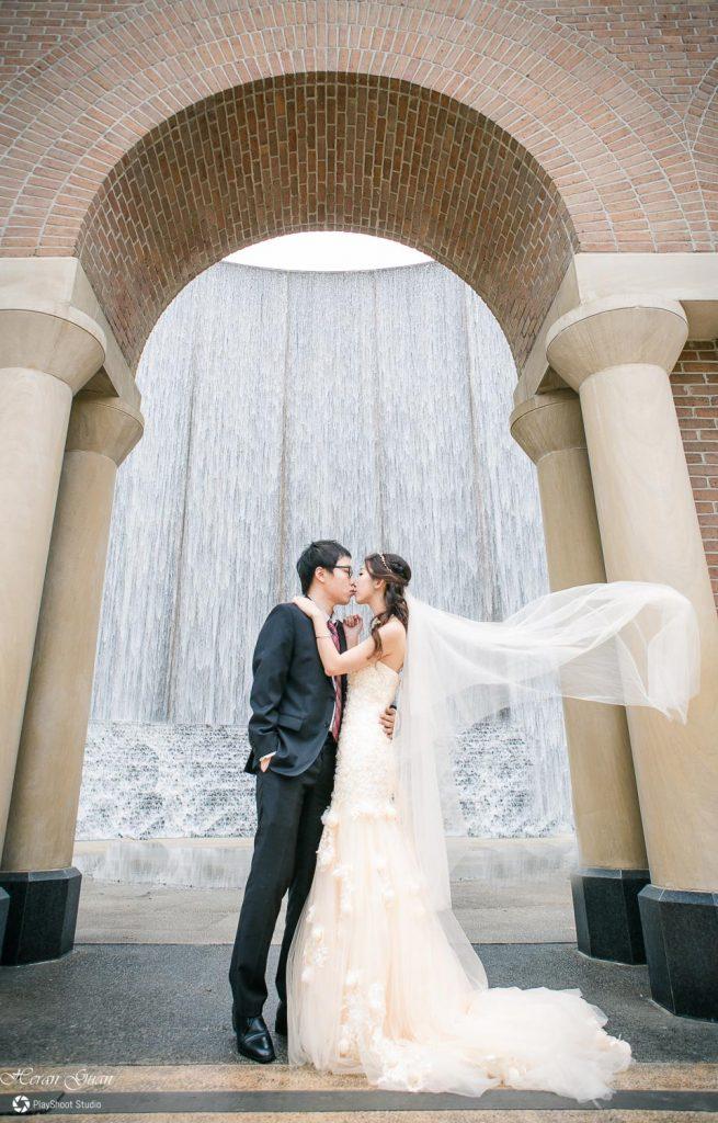 Houston waterfall Engagement Photos - PlayShoot Studio